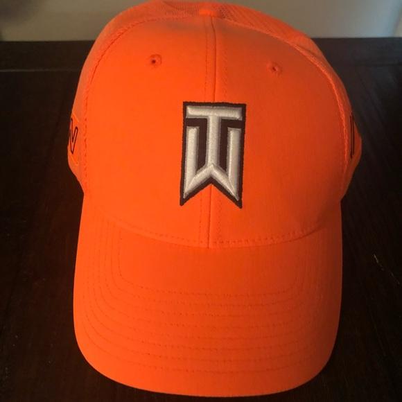 Nike Tiger Woods Fitted Hat L-XL. M 5ba7d125534ef92c73b738aa b150033ccbc8
